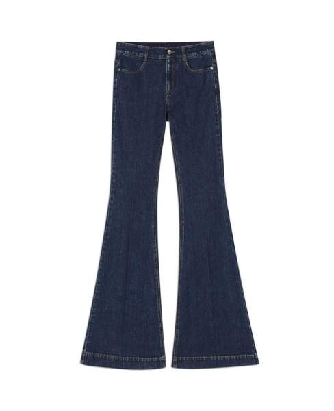 Retro, jeans pattes d'éléphant, 365 € (Stella McCartney).