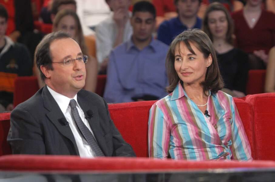 """François Hollande et Ségolène Royal sur le plateau de l'émission """"Vivement Dimanche"""", en 2003"""