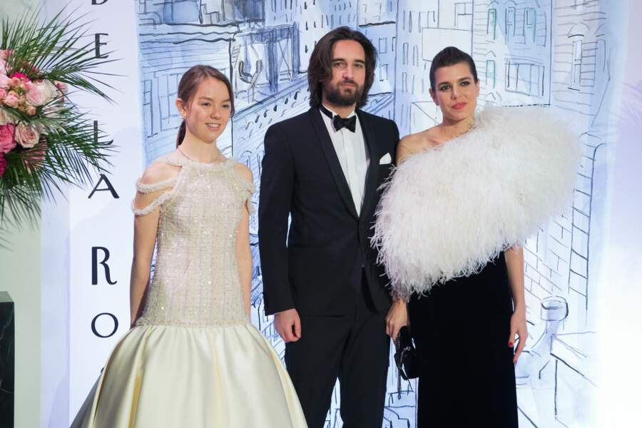 Alexandra de Hanovre et Charlotte Casiraghi sublimes en robe fourreau Saint Laurent