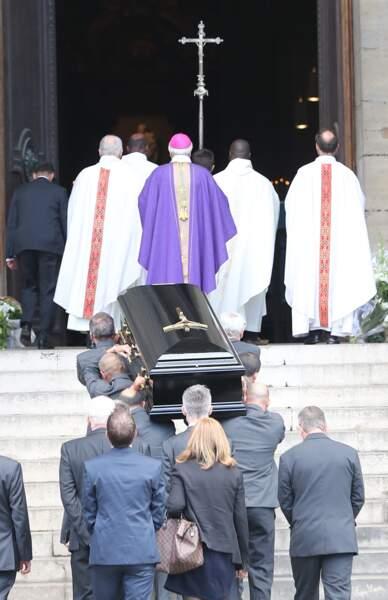 Obsèques de Mireille Darc à St Sulpice le 1er septembre