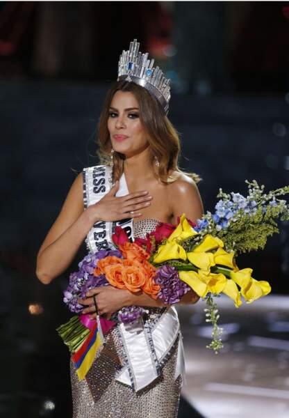 Miss Univers, pendant 5 minutes....