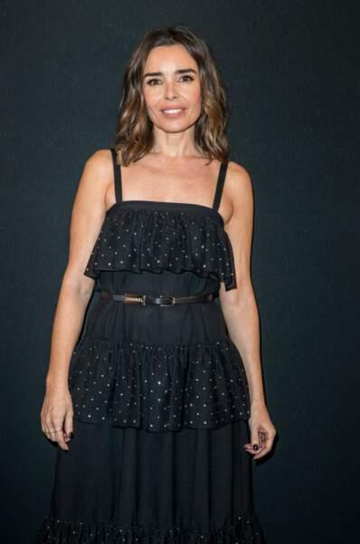 Elodie Bouchez ravissante en robe noire à bretelles