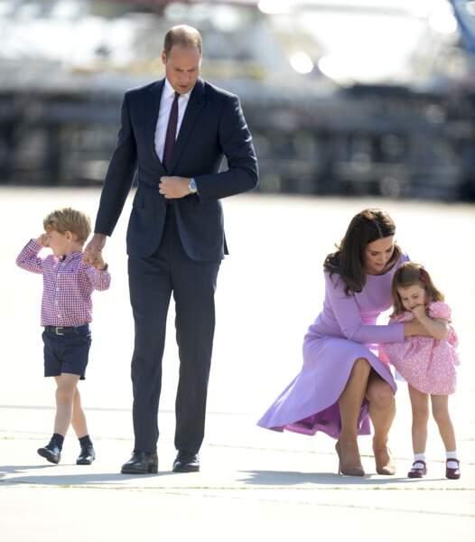 La princesse Charlotte donne du fil à retordre à sa maman Kate Middleton