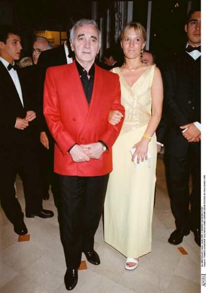 Charles Aznavour avec sa fille Katia, au Festival de Cannes, en 1999.