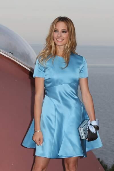 Première apparition publique d'Ilona, à 19 ans, pour un défilé Dior Croisière organisé sur les hauteurs de Cannes.