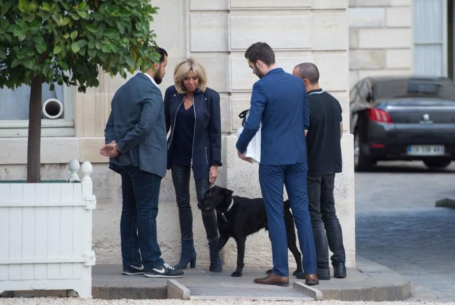 Brigitte Macron sait se faire obéir de Nemo, contrairement au président