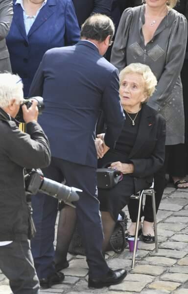 François Hollande prend des nouvelles de Bernadette Chirac aux Invalides