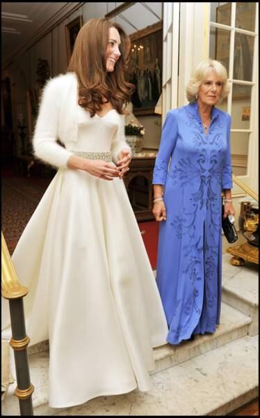 Kate Middleton et Camilla avant sa soirée de mariage le 29 avril 2011 à Londres