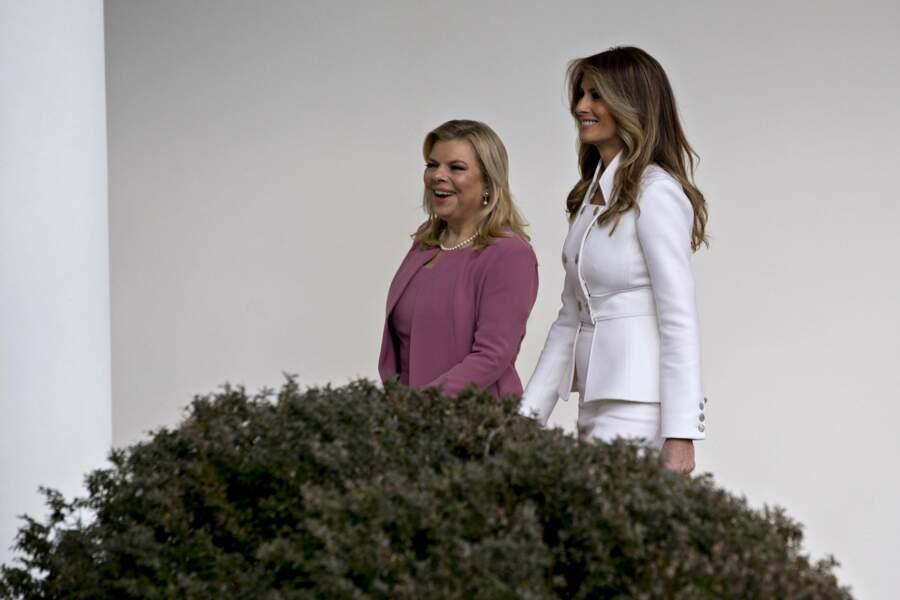 Moment complice entre Melania Trump et l'épouse de Netanyahou