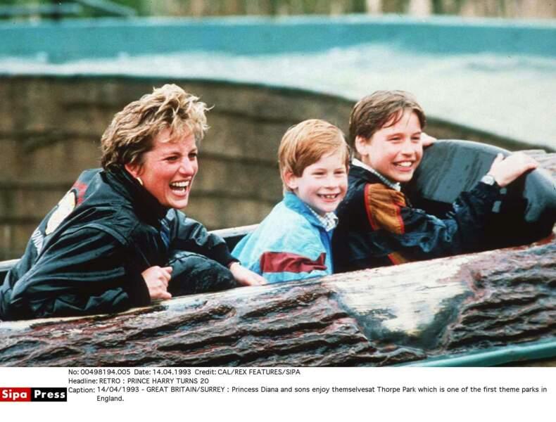 La Princesse Diana avec Harry et William à Thorpe Park en 1993