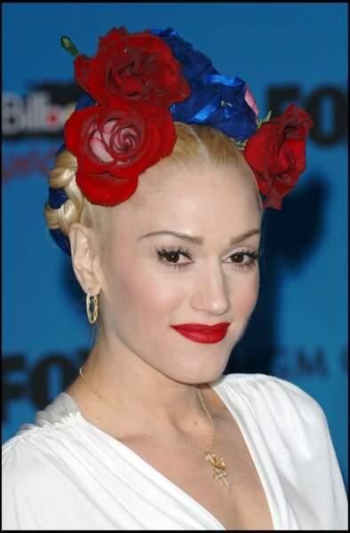 La couronne tressée avec des fleurs de Gwen Stefani