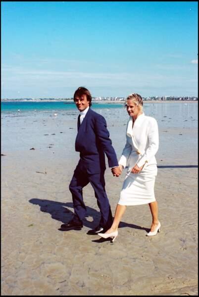Nicolas Hulot et Isabelle Patissier lors de leur mariage à Saint Malo en 1993