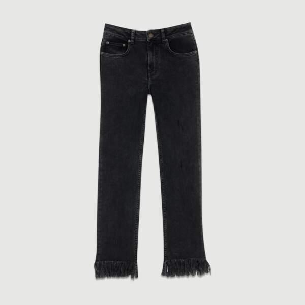 Effilé, jeans avec effet frangé, 125 € (Maje).