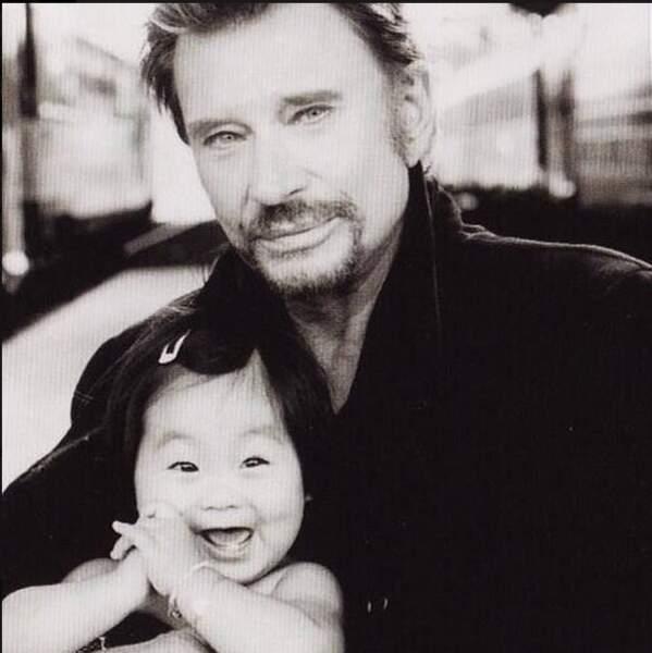 «Joyeux Anniversaire Jade mon amour 10 ans déjà que tu me remplis de bonheur Ton papa qui t'aime tant». Août 2014