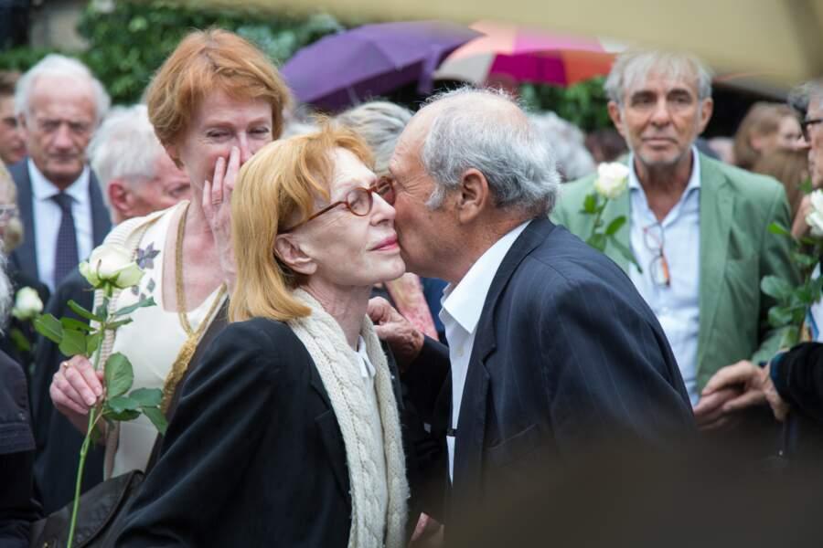 Catherine Rich reçoit les condoléances des amis de son mari