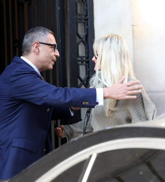 Laeticia Hallyday chez son avocat : c'est Jean-Claude Camus, le manager historique de Johnny, qui l'a accompagnée