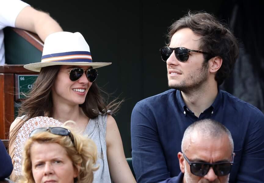 Le chanteur Vianney et sa compagne Catherine Robert amoureux