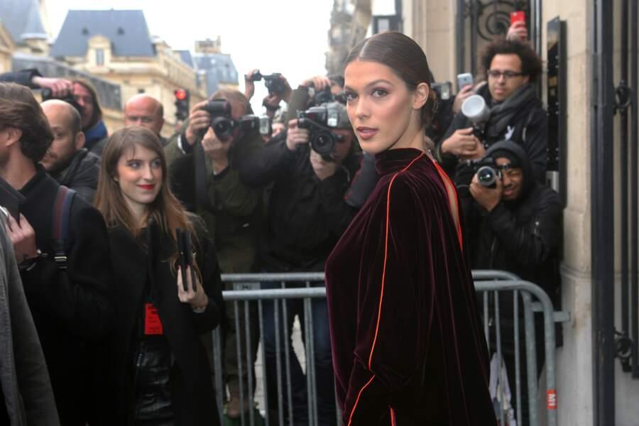Iris Mittenaere au défilé Jean-Paul Gaultier le 24 janvier à Paris.