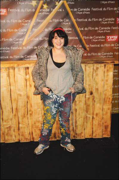 En jean baskets au photocall du Festival International de la Comédie de l'Alpe d'Huez, en 2008
