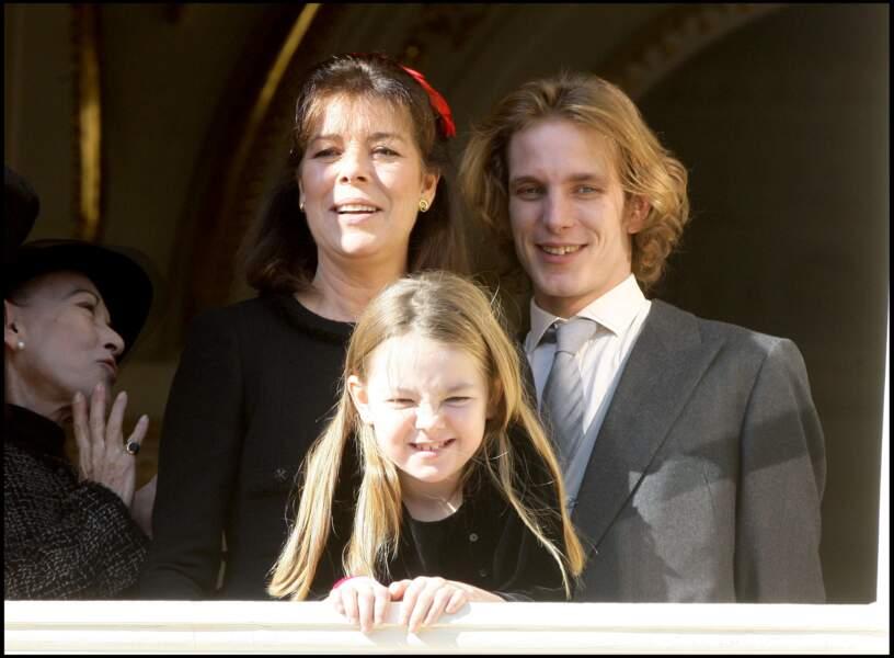 Alexandra de Hanovre, sa mère Caroline et Andrea Casiraghi lors de la fête monégasque le 19 novembre 2008