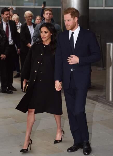 Le prince Harry et Meghan Markle enceinte de 8 mois à l'ambassade de Nouvelle-Zélande à Londres le 19 mars 2019.