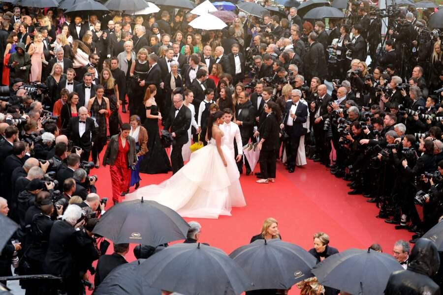 Priyanka Chopra et son mari ont foulé le tapis rouge à Cannes le 18 mai 2019