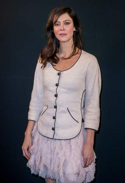 Anna Mouglalis ravissante en blanc Chanel