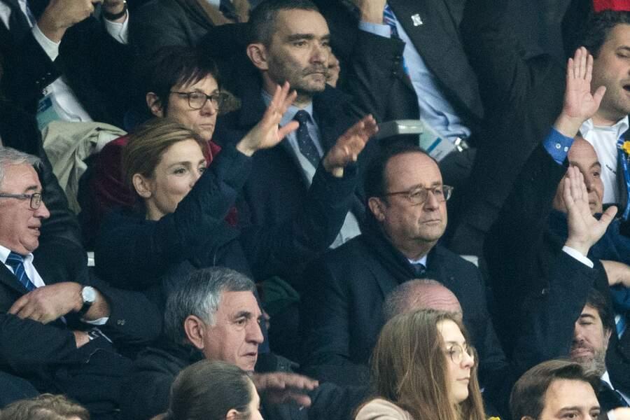 François Hollande et Julie Gayet lors du tournoi des six nations de rugby au Stade de France à Saint-Denis