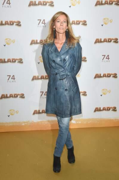 Anne Gravoin, l'ex-femme de Manuel Valls, porte le jeans délavé et slim sur les tapis rouges.