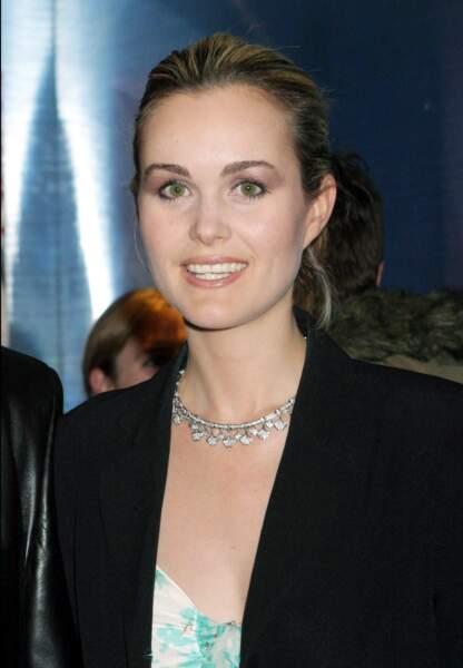 Avril 2004, Laeticia à l'avant-première du film « Mariages ».