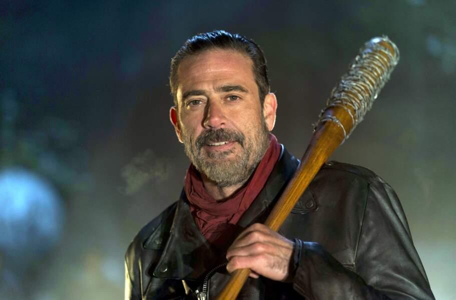 Dans The Walking Dead, son personnage fut confronté au terrible Negan, incarné par Jeffrey Dean Morgan