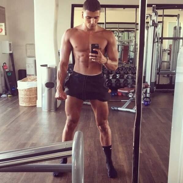 Qui est Younes Bendjima, le supposé nouveau mec de Kourtney Kardashian ?