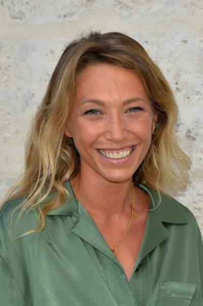 Laura Smet, bronzée et rayonnante lors du 10ème festival Francophone d'Angoulêm