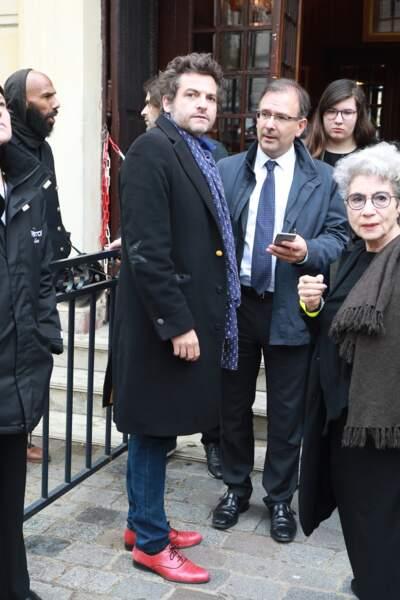 Le chanteur M, Matthieu Chedid - People à la sortie de l'hommage à Jacques Higelin au Cirque d'Hiver à Paris le 12