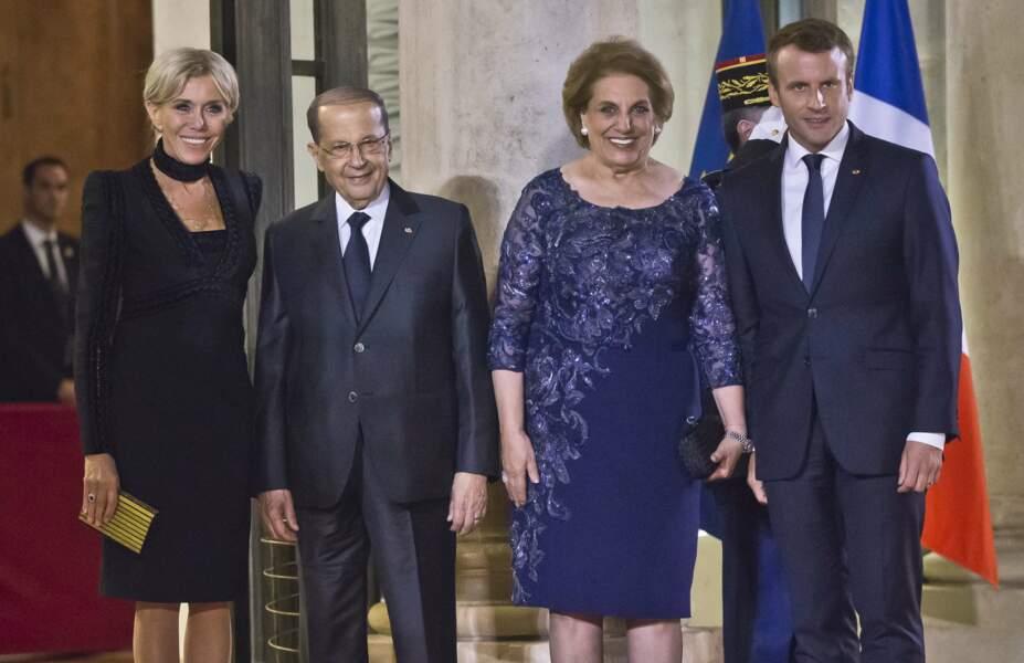 Emmanuel et Brigitte Macron ont invité le président Aoun et son épouse, Nadia.