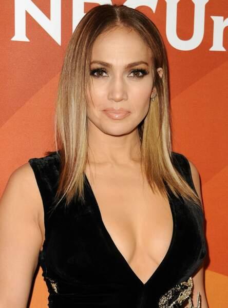 Jennifer Lopez a une peau au top grâce au miel d'acacia pur