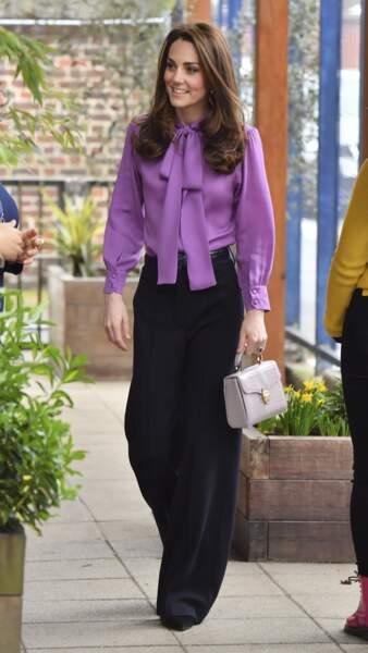 La duchesse de Cambridge était resplendissante dans une tenue simple mais chic