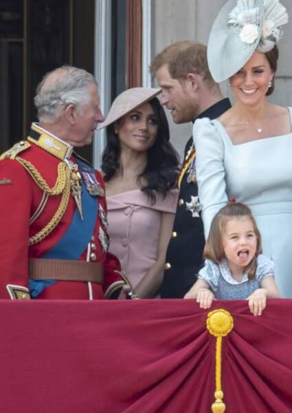 """Charles, Meghan et Harry au balcon de Buckingham pour la parade """"Trooping the Colour"""", le 9 juin 2018"""