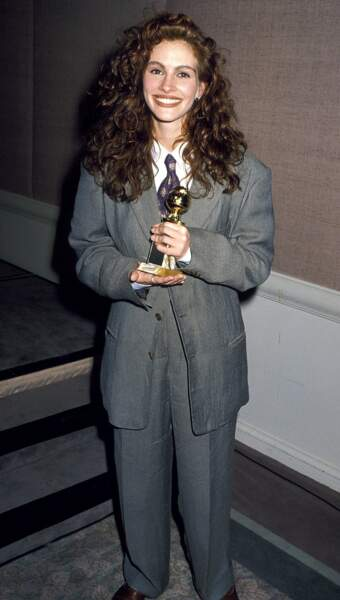 En 1990, Julia Roberts casse les conventions dans un costume Giorgio Armani XXL