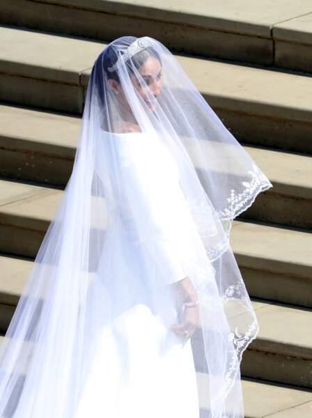 Meghan Markle a opté pour une robe blanche sobre et chic