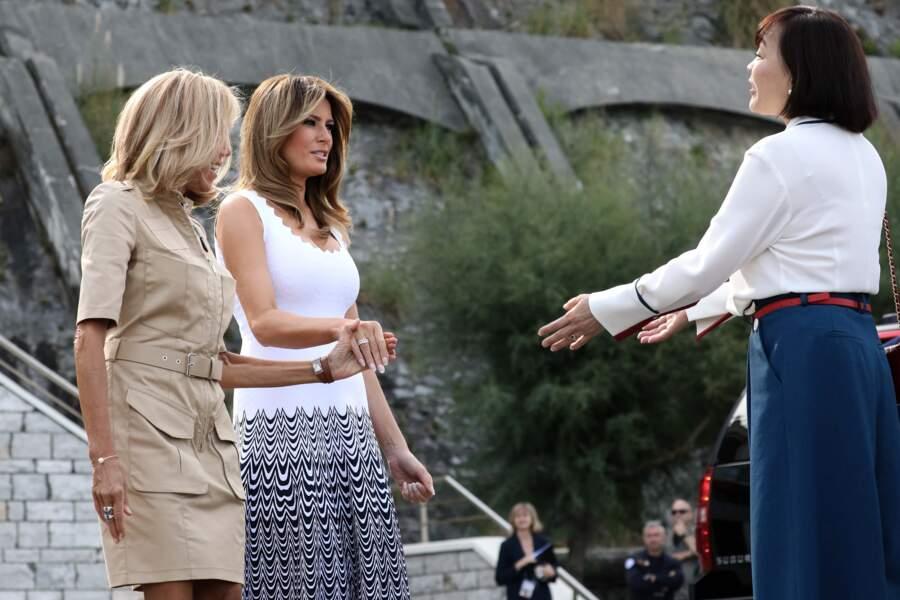 Complice avec Brigitte Macron, Melania Trump a surpris avec ce choix stylistique audacieux.