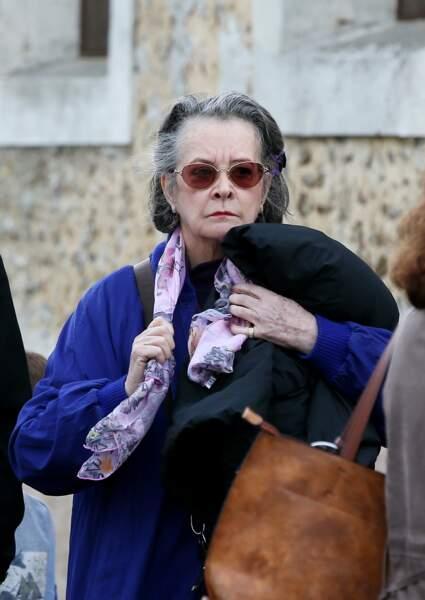 Dominique Lavanant à son arrivée aux obsèques de Danielle Darrieux