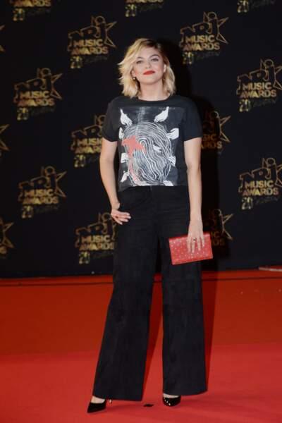 Louane sur le tapis rouge des NRJ Music Awards à Cannes, le  10 novembre 2018