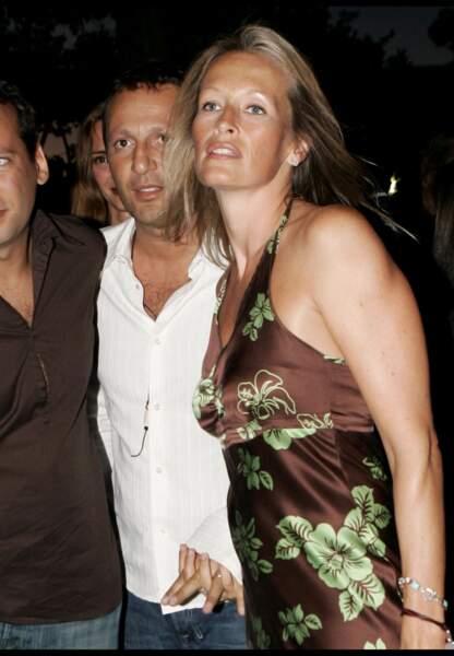 Arthur et Estelle Lefébure à Saint-Tropez en août 2005.
