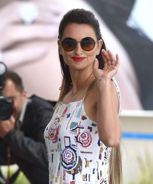 Penelope Cruz est sans conteste l'une des grandes stars du 72e festival de Cannes, le 17 mai 2019.