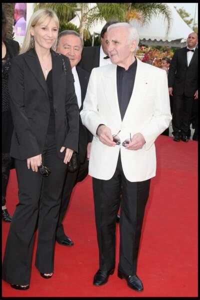 Charles Aznavour avec sa fille Katia, au Festival de Cannes, en 2009.