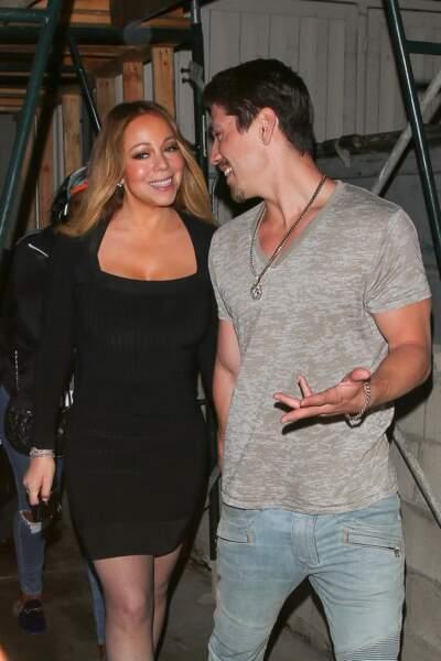 Mariah Carey rayonne au bras de son amoureux