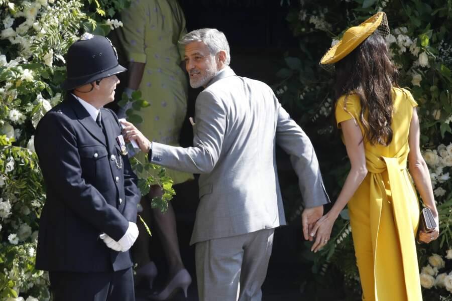 George Clooney et sa femme Amal font leur entrée dans la chapelle St Geroge