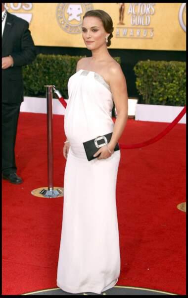 Natalie Portman enceinte de son premier enfant, à 4 mois et demi de grossesse