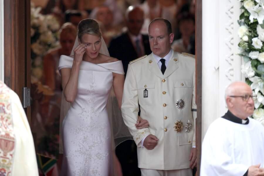 Charlène de Monaco ne peut cacher son émotion après son mariage avec Albert, le 2 juillet 2011